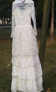 Vintage Romantic Lace Layered Ruffles Wedding Gown